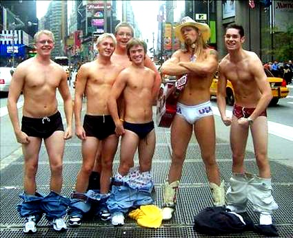 Naked_cowboys_1