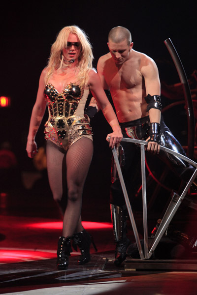 Britney_spears_circus1