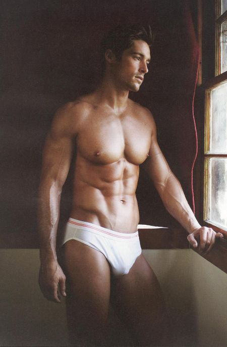 114875457_Brent+in+white+underwear