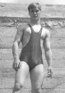 Swimmer-1920s-vintage-beefcake-8731537-211-300