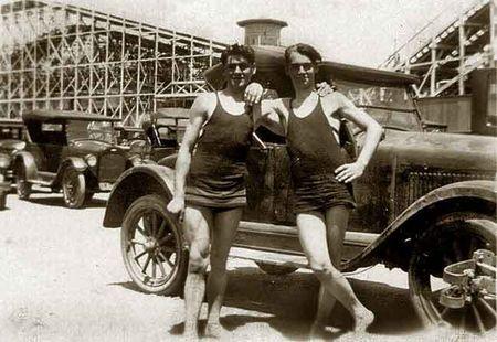 Neptune-Beach-1928-vintage-beefcake-8732339-648-447
