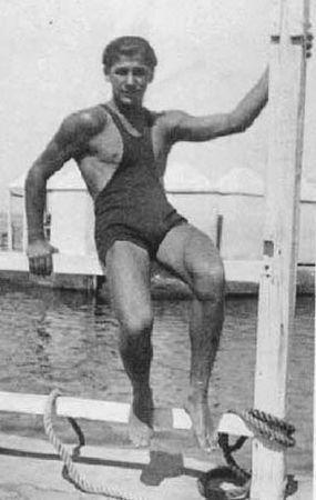 Swimmer-1910s-vintage-beefcake-8732020-285-450