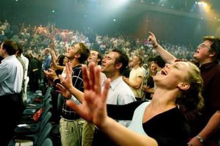 Evangelicalsworshiping